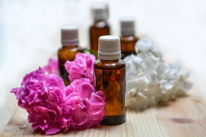 essential-oils-1433694_1280